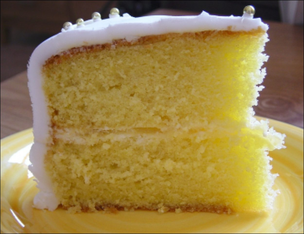 Десерты с использованием сочного и кислого цитруса лимона обладают невероятно приятным и насыщенным вкусом.