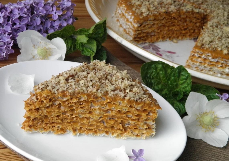 Торт с вареной сгущенкой – 8 рецептов