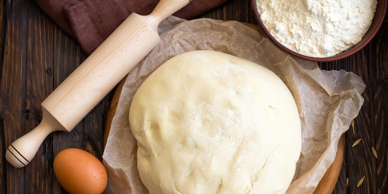 Пресное тесто для пирожков в духовке: рецепт с фото