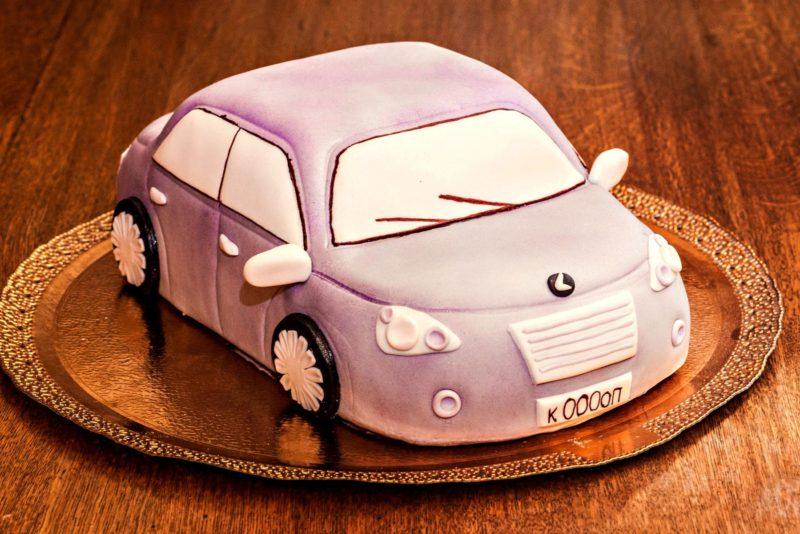 Мастичный торт «Машина»