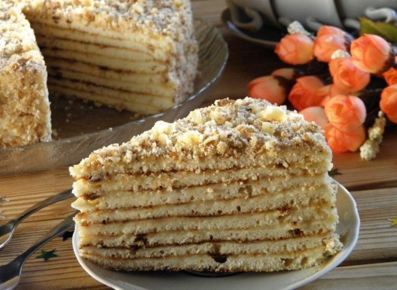Торт на сковороде с вареной сгущенкой
