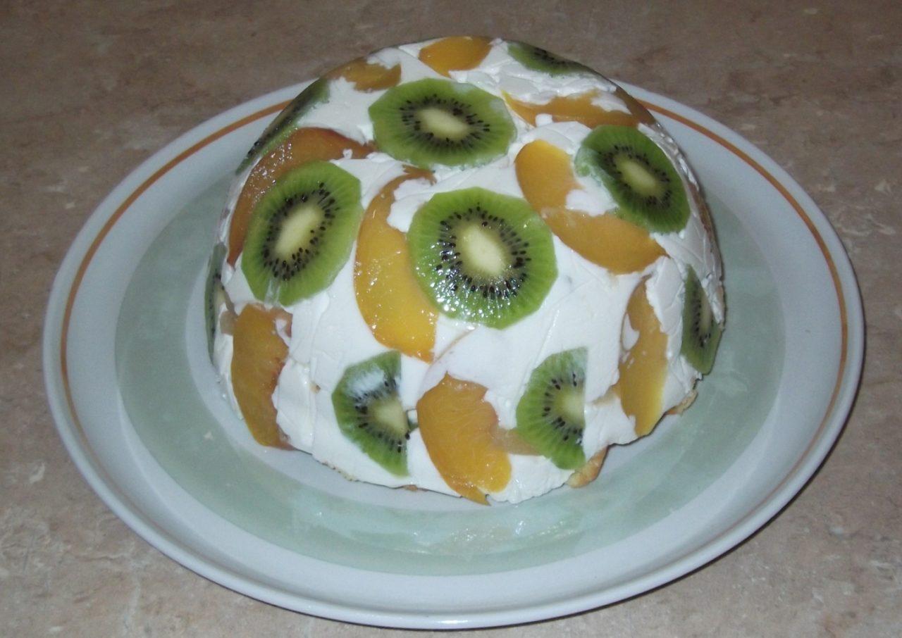 Творожный торт без выпечки с фруктами