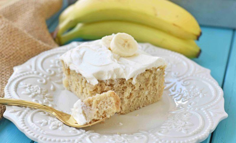 Медовый торт со сметано-банановым кремом