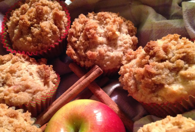 Кекс с яблоками – 8 рецептов