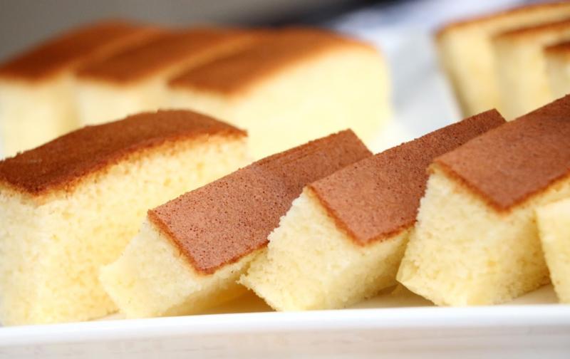 Бисквитный пирог со сгущёнкой