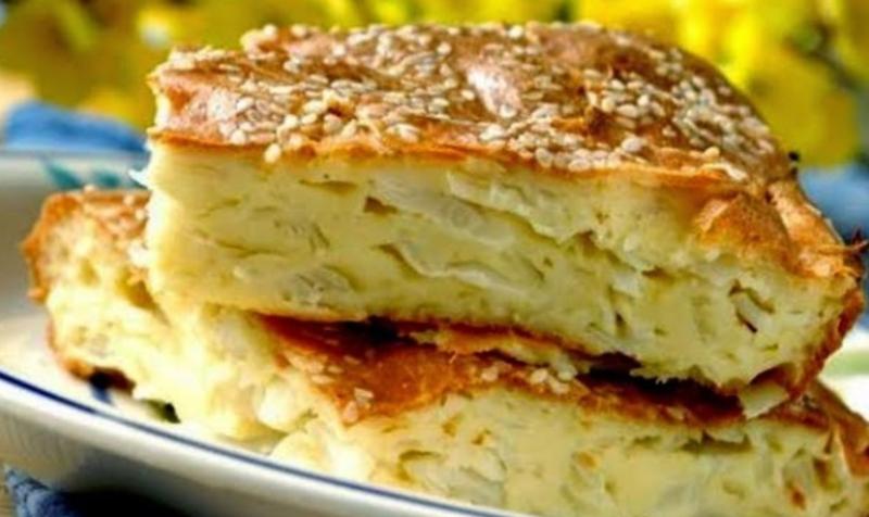 Пирог капустный из жидкого теста на майонезе