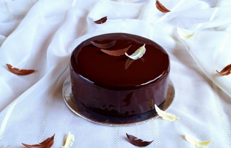 Торт Три шоколада с зеркальной глазурью