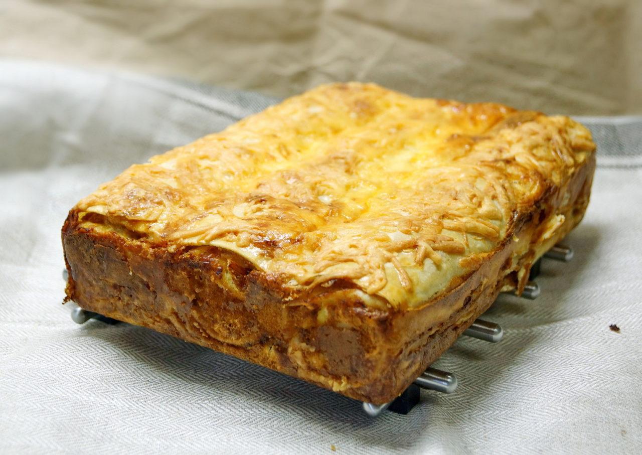Пирог из лаваша с фаршем и картофелем