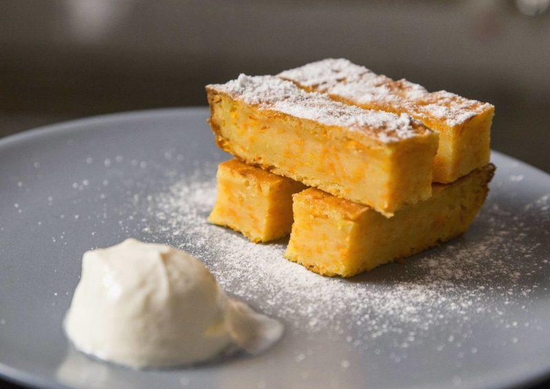 Тыквенно-яблочный пирог из кефирного теста