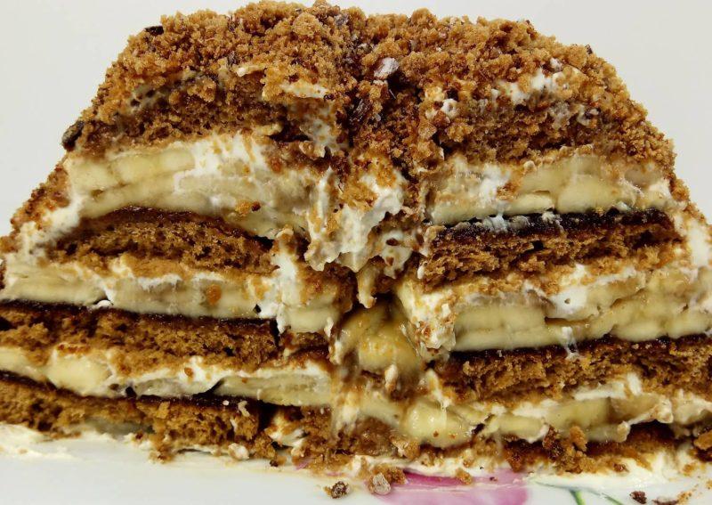 Торт из пряников без выпечки со сгущённым молоком
