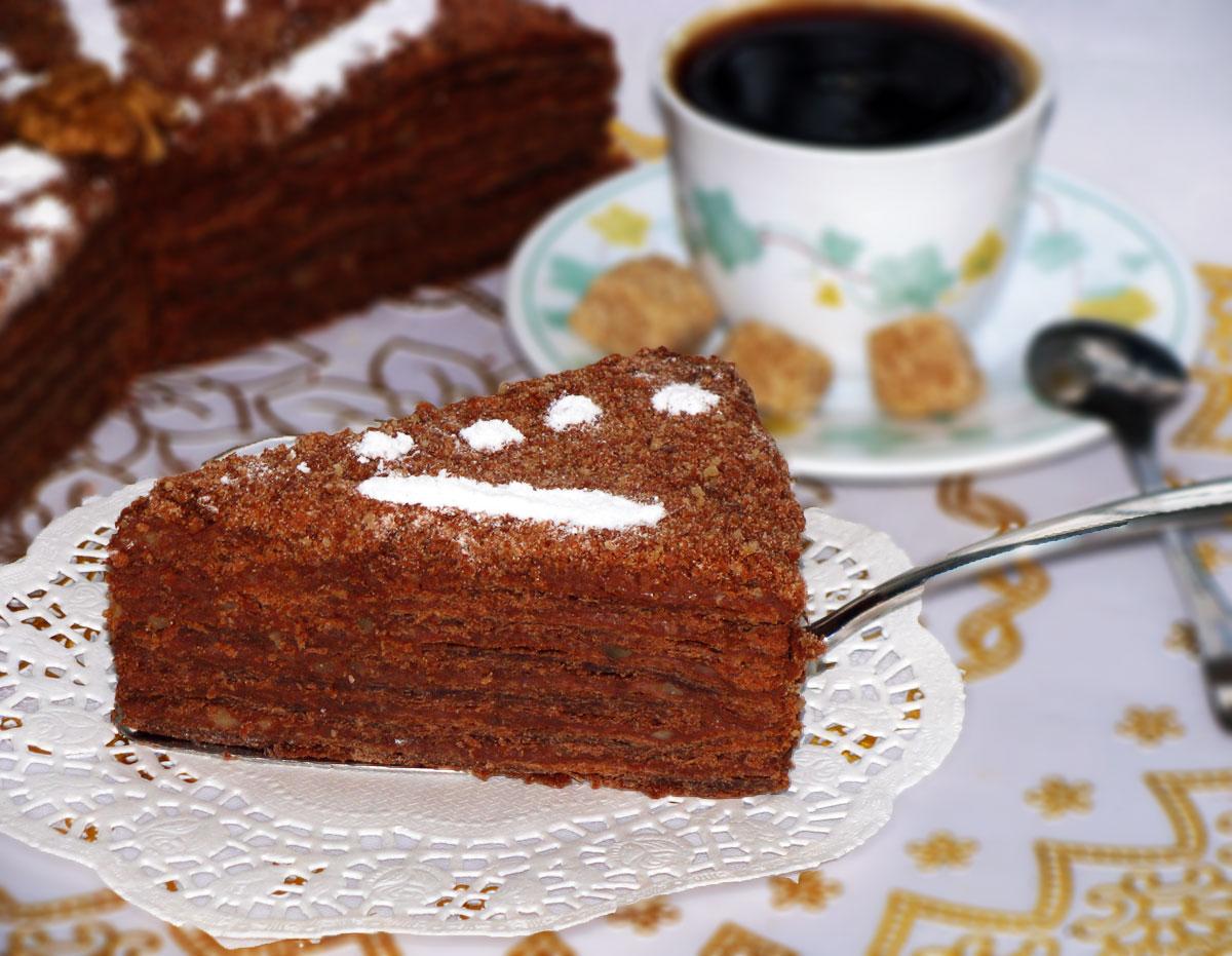 Торт из слоеного теста с шоколадным вкусом
