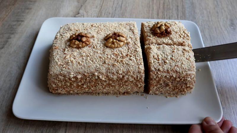 Торт из печенья без выпечки с ореховым вкусом