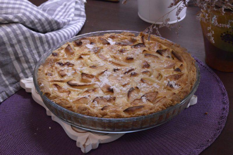 Яблочный пирог со сметанной заливкой Цветаевский