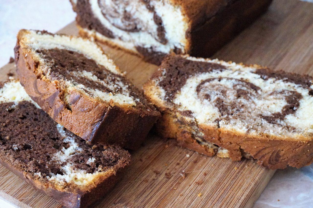 Мраморный кекс с какао