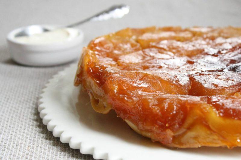 Французский яблочный пирог от Юлии Высоцкой.